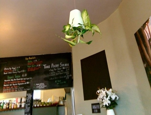Beano's Café, Folkestone. Copyright 2017 Théroigne S B G Russell